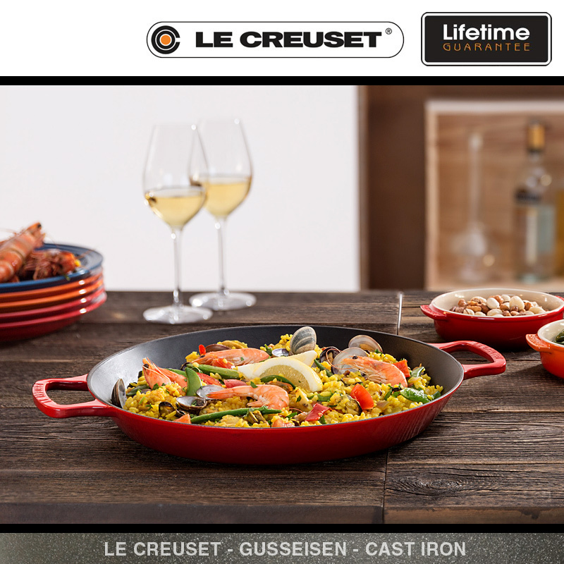 le creuset paella pfanne 34 cm schwarz culinaris. Black Bedroom Furniture Sets. Home Design Ideas