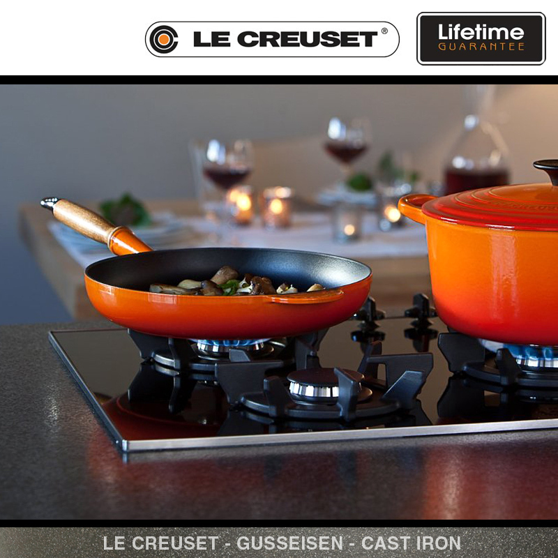 le creuset bratpfanne mit holzgriff 28 cm culinaris. Black Bedroom Furniture Sets. Home Design Ideas