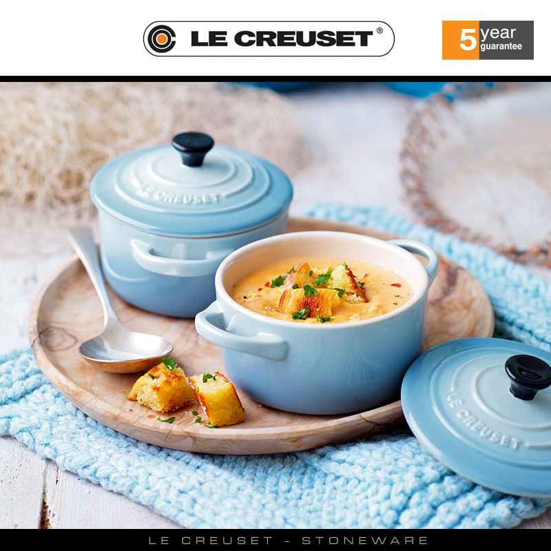 Can You Bake A Cake In Le Creuset