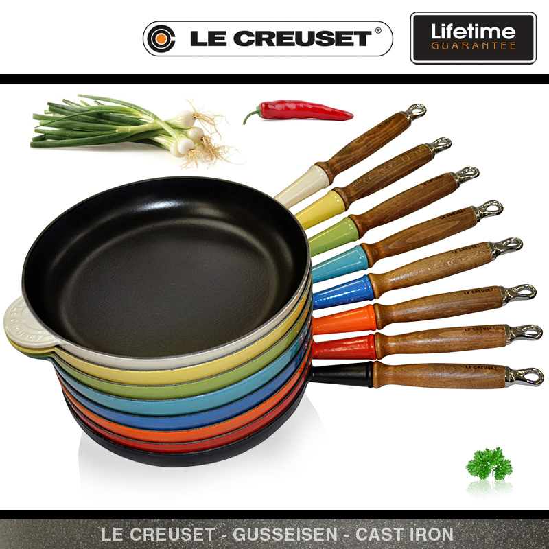 Le Creuset Frypan With Wooden Handle 28 Cm