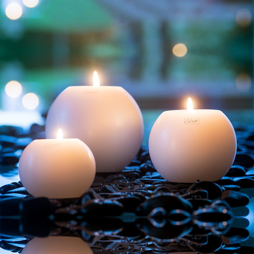 Qult Farluce Moon - Tealight Candle Holder